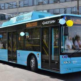 Партію тролейбусів відправили до Хмельницького