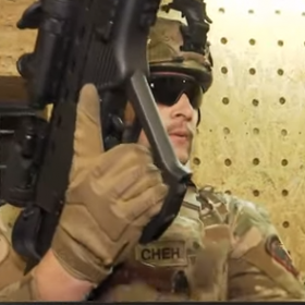 На Хмельниччині виготовляють зброю кращу за автомат Калашнікова