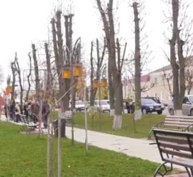 Загалом у Чемерівцях тепер понад 10 тисяч квадратних метрів вкладеної бруківки на вулицях, тротуарах та у скверах.