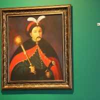 Виставка доступна для перегляду у галереї «MASLO» до 8 грудня.