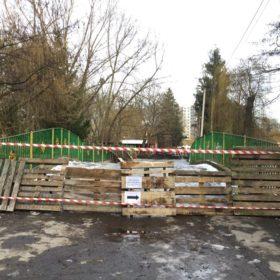 У Хмельницькому в парку імені М.Чекмана тривають ремонтні роботи