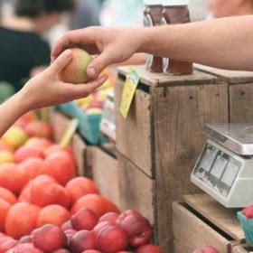 Як на Хмельниччині змінились ціни на продукти і послуги