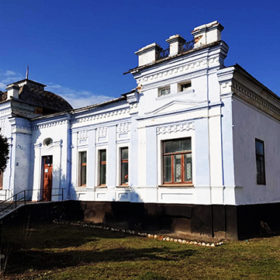 Колишній маєток адвоката у Деражні мають намір продати за майже 320 тисяч гривень.