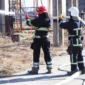 На території відкритого розподільчого пристрою Хмельницької АЕС відбулося тактико-спеціальне навчання з гасіння умовної пожежі шунтуючого реактора.