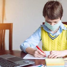 Старшокласники Хмельницького вчитимуться дистанційно після канікул