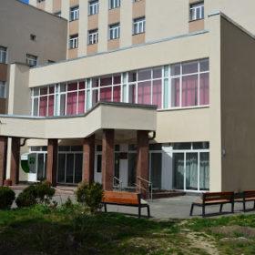 Хворих на ковід госпіталізуватимуть до Хмельницького обласного госпіталю ветеранів війни.