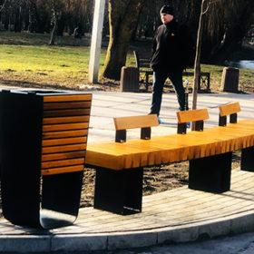 У хмельницькому парку ім. Чекмана встановили нові лавки та смітники