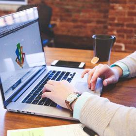 Шість філій Хмельницької обласної служби зайнятості працюватимуть з громадянами онлайн.