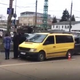 ДТП у Хмельницькому за участі таксі