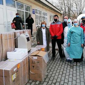 Лікарня у Старокостянтинові отримала кисневі концентратори