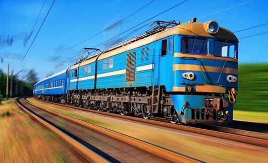 Незначно підвищились ціни на транспортні послуги, зокрема, залізничного пасажирського транспорту