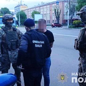 Затримання шахраїв у Вінниці