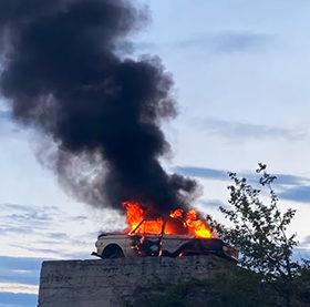 У Кам'янці спалили авто