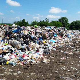 Львівське сміття на Хмельниччині