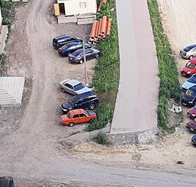 парковка на вулиці Мельникова
