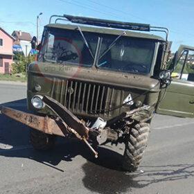 розбита у ДТП вантажівка