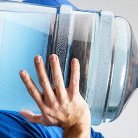 бутель з водою