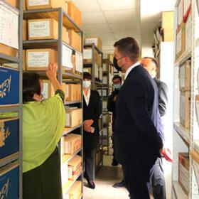 Анатолій Хромов відвідав архіви Хмельниччини