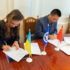 У Хмельницькому національному університеті підписали угоду про співпрацю з китайцями