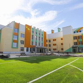 Будівництво нової школи у Хмельницькому