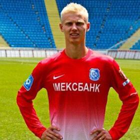 Лівий захисник Андрій Слінкін продовжить свою кар'єру у вінницькій «Ниві»