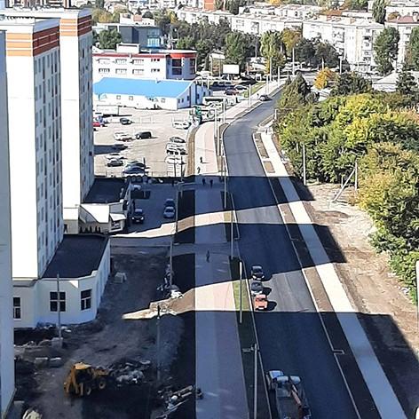 на вулиці Мельникова завершили першу чергу будівництва
